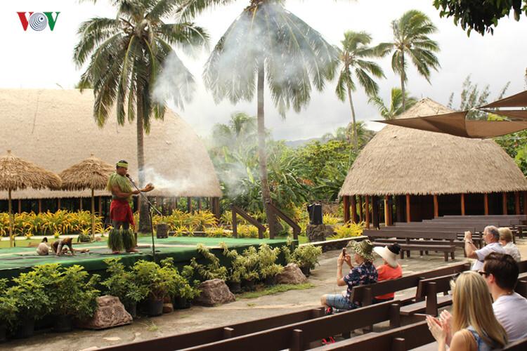 Trung tâm văn hoá Polynesia