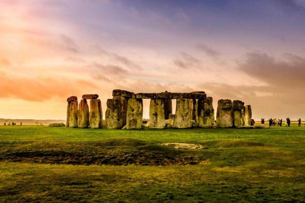 bai-da-Stonehenge