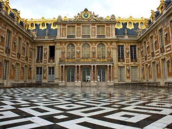 cung-dien-Versailles