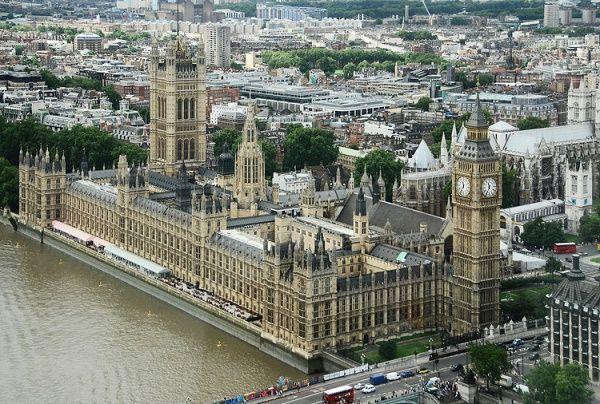 cung-dien-Westminster